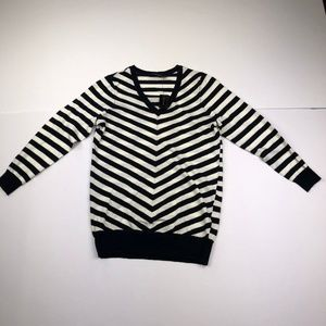 The Limited Size XS Black White Striped Blouse